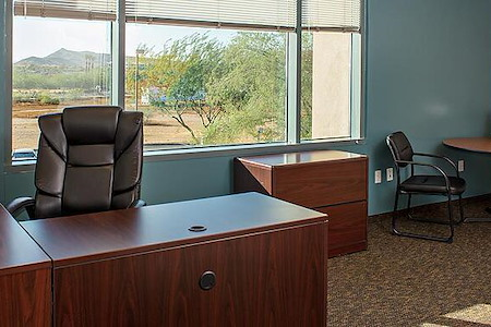 Office Evolution - North Phoenix at the Corridors - Day Office