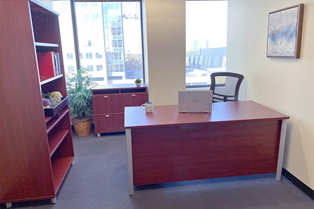 Pacific Workplaces - Capitol - Monthly Private Office 949