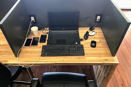Easy Work Space (Venus) - Hot Desk
