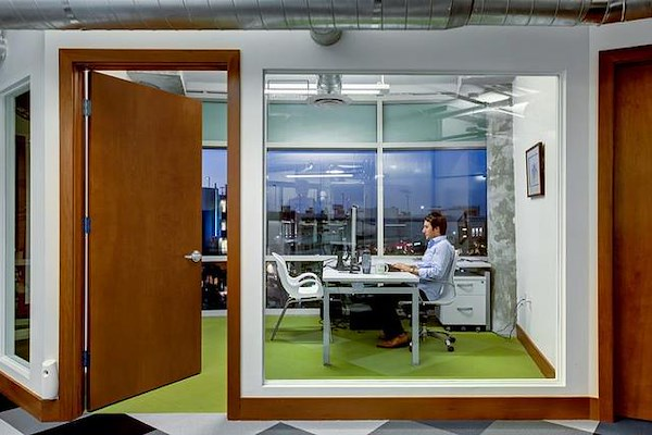 Büro Midtown - Private Suite