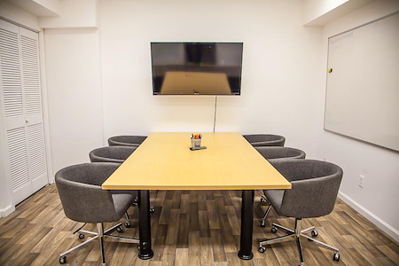 Treehouse Society - Professional Conference Room for 6