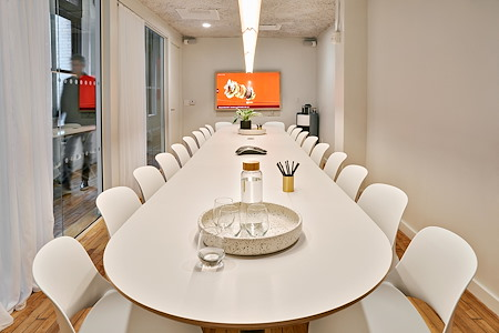 Meet In Place SoHo - Premium Grand Conference Room #12