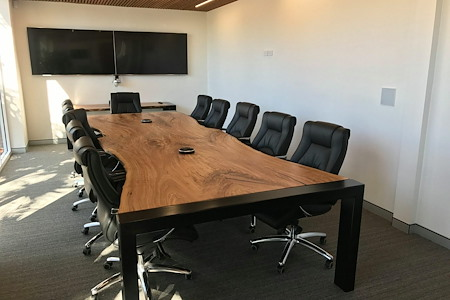 Nexus Smart Hub - Corporate Boardroom