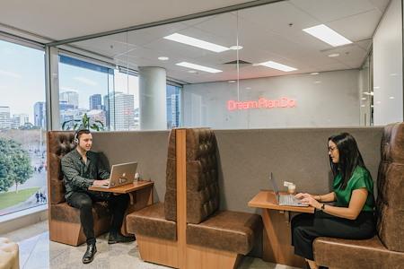 Servcorp Southbank Riverside - Hot Desk 4 | Business hours access