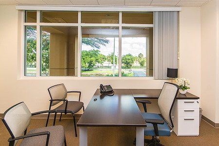 Quest Workspaces- Doral - Day Office 2