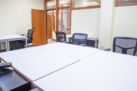 ReadiSuite - Veronica Building - Meeting Room - 212
