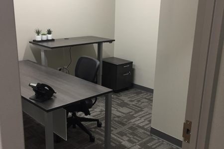 Office Evolution - Pearl River - Private Office 116