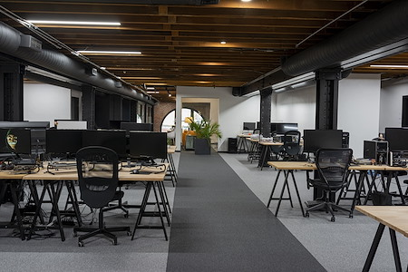Kanopy - Dedicated Desks