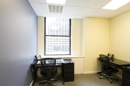 Jay Suites - Financial District - Private window office for 3-4
