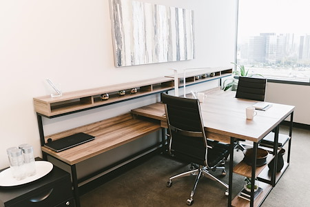 WORKSUITES | Las Colinas - WINDOW OFFICE | 6 PEOPLE