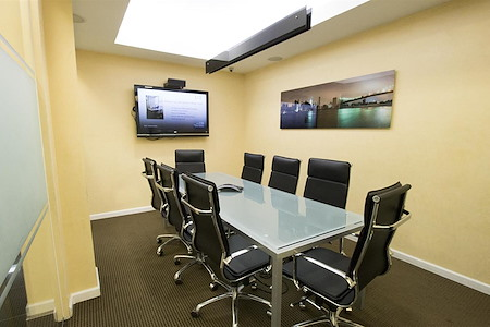 Jay Suites Grand Central - Conference Room - 3rd Floor -Weekends