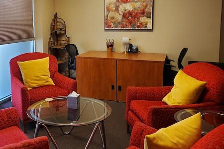 Jung Investment Group - Dedicated Desks