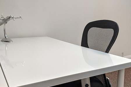 750 E Green St - Co-Working Desk For Rent - Dedicated Desk 1