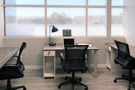 Circle Hub- Ventura - Office B (3-5 persons)