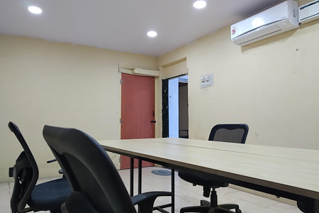 Jayavilla Coworking Spaces - Fixed Desk