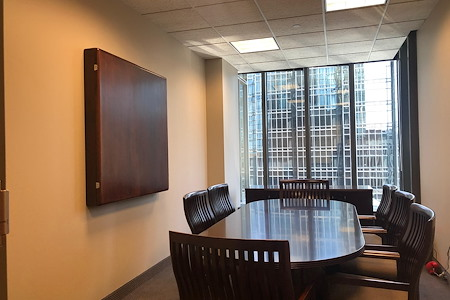 IDS Executive Suites - Minnetonka - Large with window