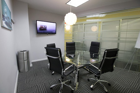 Jay Suites Penn Station - Meeting Room B - Penn Station *PROMO