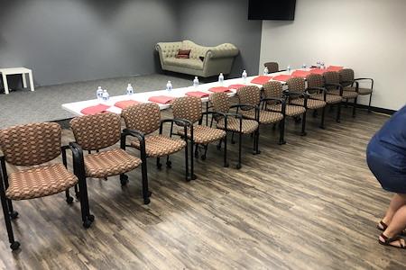 LA ACTING ACADEMY - Meeting Room