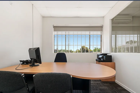 Accounting Firm - Office 1 - w Comp, WiFi and Furniture.