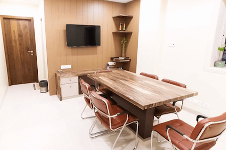 HourSpace - Conference room near Gateway of India