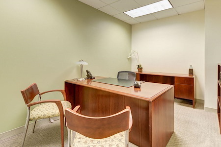 Carr Workplaces - King Street - Office #654