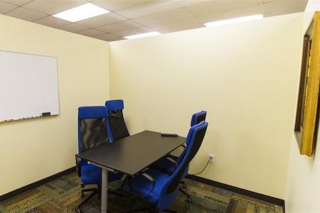 Orange Coworking - Tangelo Medium Room