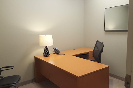 1600 Executive Suites - Interior Office 21