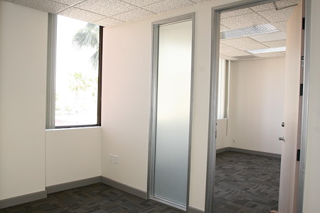 Riverside Central Business Center - Suite 8 & 9