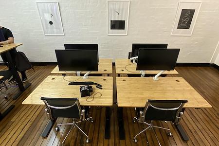 Hello Human - Dedicated Desk 1