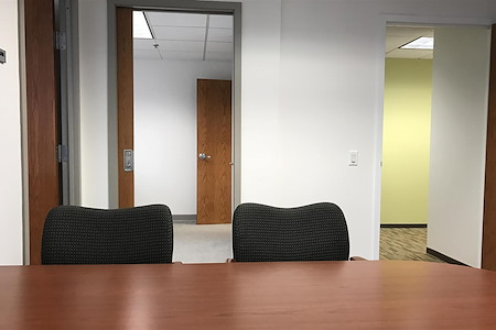 Carr Workplaces - City Center - 530 - All-Inclusive Suite with Views