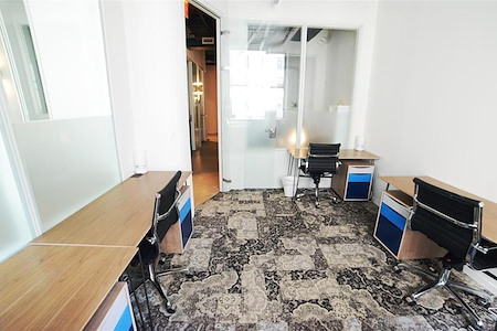 Primary - Financial District - 5-Person Private Office