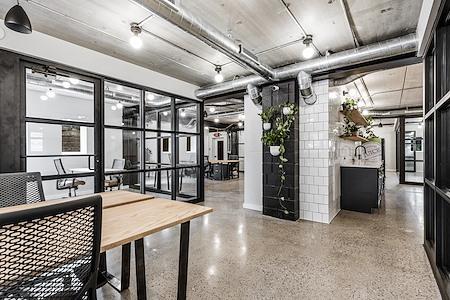 Venture Office Summerfield Commons - Dedicated Desk