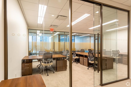 Silver Suites Offices - 4 World Trade Center - Three Room Suite