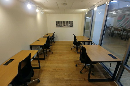 rent24 9 W Washington - Office 410