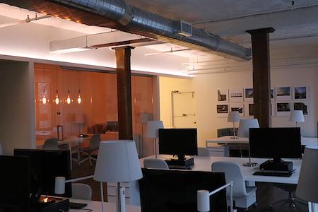 Ozge Ertoptamis' - Office in Soho
