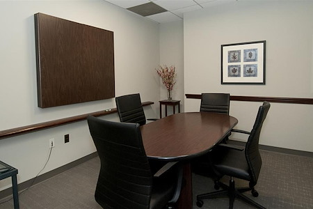 TKO Suites Arlington - Conference Room B