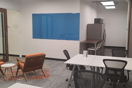 Novel Coworking - Huron - 10-12 Person SmartSuite 300B