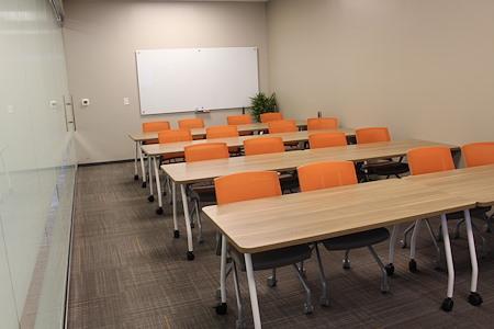 Office Evolution - Woodlands - Training Room
