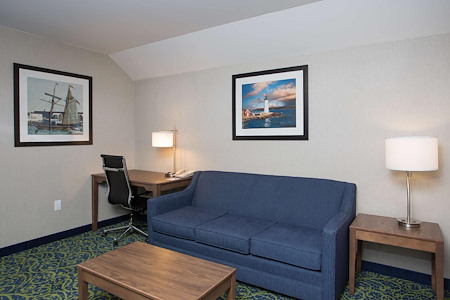Best Western Plus Portsmouth Hotel and Suites - Office - Guest Room