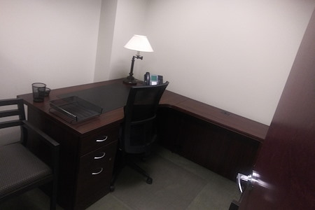 AEC - Philadelphia - Single Office