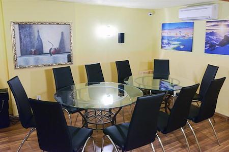 Wine Spring's SOHO ROOM - SOHO Meeting Room