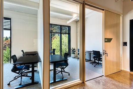 Lake Oswego Office Space