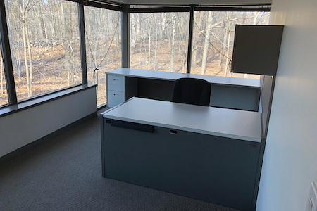HPFY Business Center - Office 5