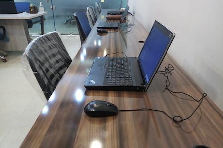KURSI MAIZ CO WORK - Dedicated Desk 1