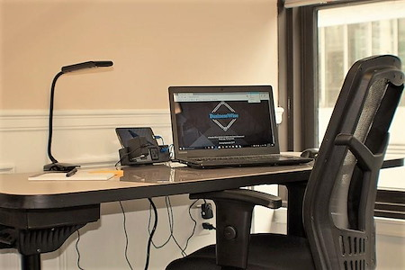 BusinessWise (Law & Finance Building) - Dedicated Desk