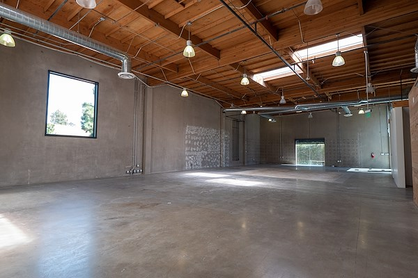 Knotel - 10301 Jefferson Boulevard - Office Suite - 301