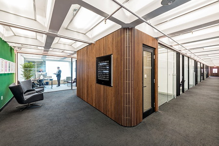Business District - Team Space for up to 10 People
