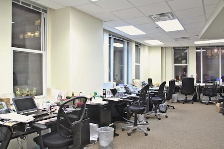 JAY SUITES - 10 TIMES SQUARE - Windowed Team office for up to 15 people