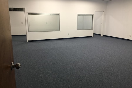 Hauptman Realty Corp. - Melville Long Island - 1100 SF Space Second Floor