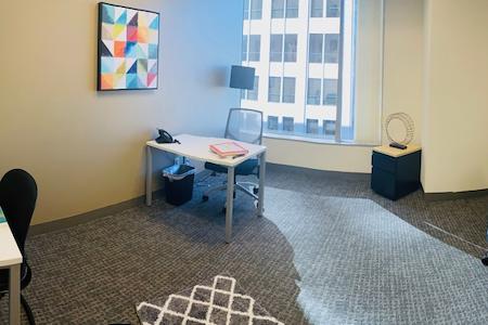 Regus- North Brand Boulevard - Office Suite at Regus #633